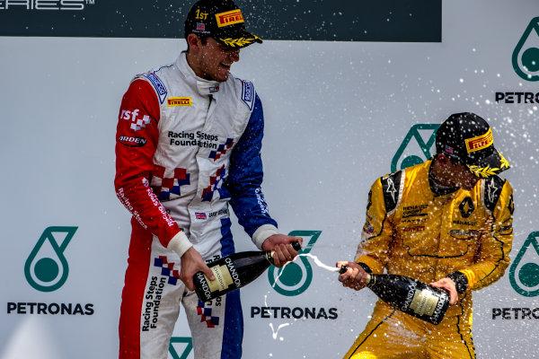 2016 GP3 Series Round 8.  Sepang International Circuit, Sepang, Kuala Lumpur, Malaysia. Sunday 2 October 2016. Jake Dennis (GBR, Arden International), Jack Aitken (GBR, Arden International)  Photo: Zak Mauger/GP3 Series Media Service. ref: Digital Image _X0W9294