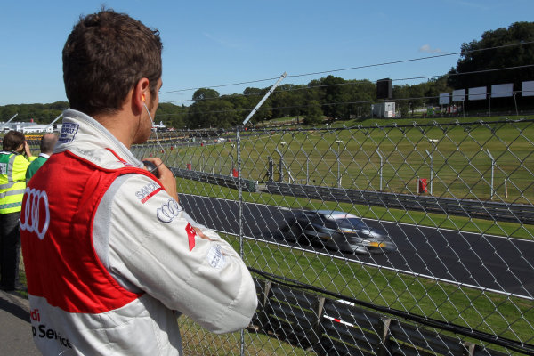 Timo Scheider (GER), Audi Sport Team Abt, watching the 1st practice session.DTM, Rd7, Brands Hatch, England, 3-5 September 2010.World Copyright: LAT Photographicref: dne1004se67