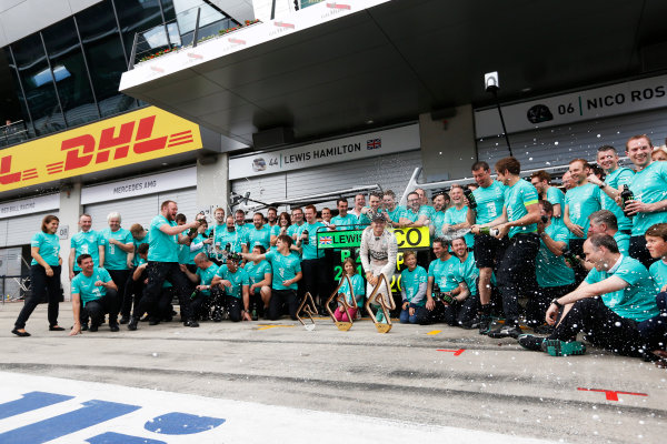 Red Bull Ring, Spielberg, Austria. Sunday 21 June 2015. Nico Rosberg, Mercedes AMG, 1st Position, and the Mercedes team celebrate. World Copyright: Alastair Staley/LAT Photographic. ref: Digital Image _R6T7255