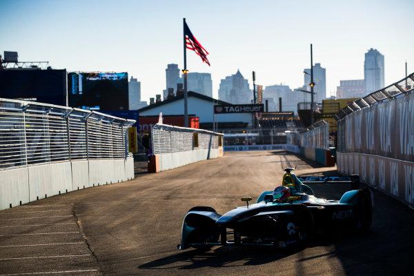 2016/2017 FIA Formula E Championship. Round 10 - New York City ePrix, Brooklyn, New York, USA. Sunday 16 July 2017. Nelson Piquet (BRA), NextEV NIO, Spark-NEXTEV, NEXTEV TCR Formula 002. Photo: Sam Bloxham/LAT/Formula E ref: Digital Image _J6I4169