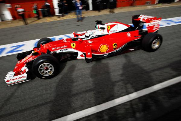 Circuit de Catalunya, Barcelona, Spain Monday 22 February 2016. Sebastian Vettel, Ferrari SF16-H. World Copyright: Sam Bloxham/LAT Photographic ref: Digital Image _G7C0598