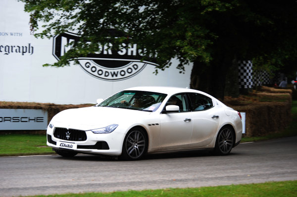 2016 Goodwood Festival of Speed Goodwood Estate, West Sussex,England 23rd - 26th June 2016 Moving Motor Show Maserati Ghibli World Copyright : Jeff Bloxham/LAT Photographic Ref : Digital Image