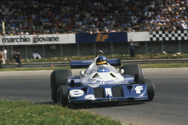 1977 Italian Grand Prix.  Monza, Italy. 9-11th September 1977.  Ronnie Peterson, Tyrrell P34-Ford, sideways at Parabolica.  Ref: 77ITA23. World Copyright: LAT Photographic