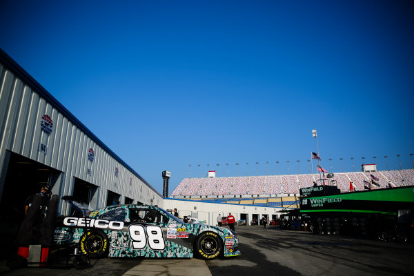 NASCAR XFINITY Series Alsco 300 Kentucky Speedway, Sparta, KY USA Friday 7 July 2017 Casey Mears, Geico Military Ford Mustang crew World Copyright: Barry Cantrell LAT Images