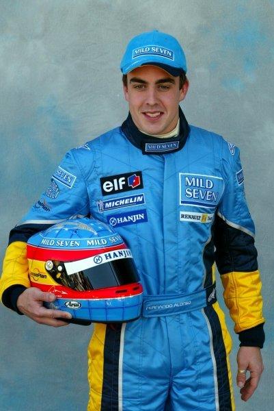Fernando Alonso (ESP) Renault.Formula One World Championship, Rd1, Australian Grand Prix, Preparations, Albert Park, Melbourne, Australia, 6 March 2003.DIGITAL IMAGE
