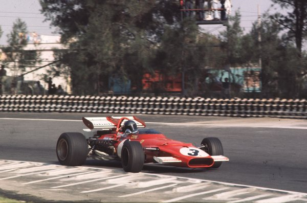 1970 Mexican Grand Prix.Mexico City, Mexico.23-25 October 1970.Jacky Ickx (Ferrari 312B) 1st position.Ref: 70 MEX 64.World Copyright - LAT Photographic