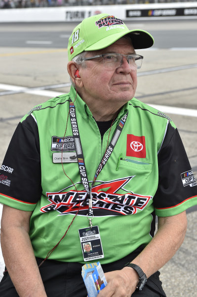 #18: Kyle Busch, Joe Gibbs Racing, Toyota Camry Interstate Batteries, Charlie Brim