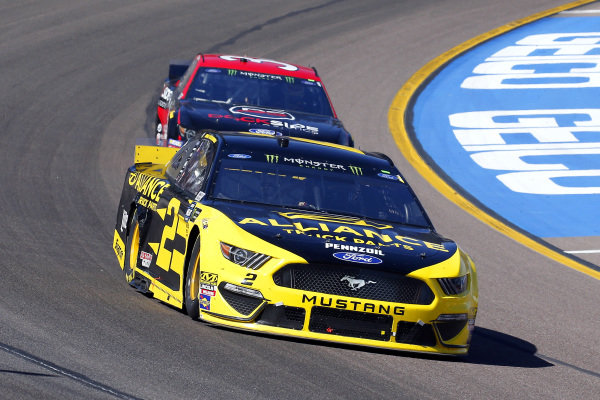 #2: Brad Keselowski, Team Penske, Ford Mustang Alliance Truck Parts and #34: Michael McDowell, Front Row Motorsports, Ford Mustang Dockside Logistics