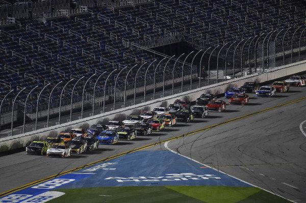 #10: Jeb Burton, Kaulig Racing, Chevrolet Camaro Nutrien Ag Solutions leads to the start