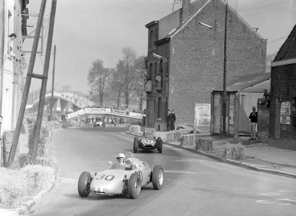 Jo Bonnier, Porsche 718, leads John Campbell-Jones, Cooper Climax.
