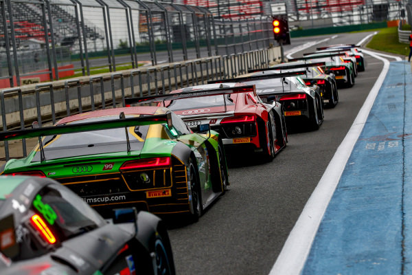Cars line up in pitlane at Audi R8 LMS Cup, Rd5 and Rd6, Korea International Circuit, Yeongam, South Korea, 14-16 July 2017.