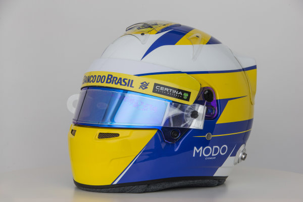 Sauber C34 Reveal. Hinwil, Switzerland. Thursday 29 January 2015. Helmet of Marcus Ericsson. Photo: Sauber F1 Team (Copyright Free FOR EDITORIAL USE ONLY) ref: Digital Image Sauber_2015_Helmet_29