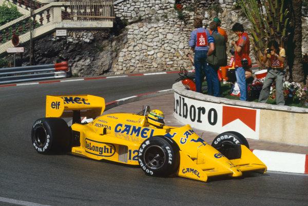 1987 Monaco Grand Prix. Monte Carlo, Monaco. 28th - 31st May 1987.  Ayrton Senna (Lotus 99T Honda),1st position, action. World Copyright: LAT Photographic. Ref: 87MONd