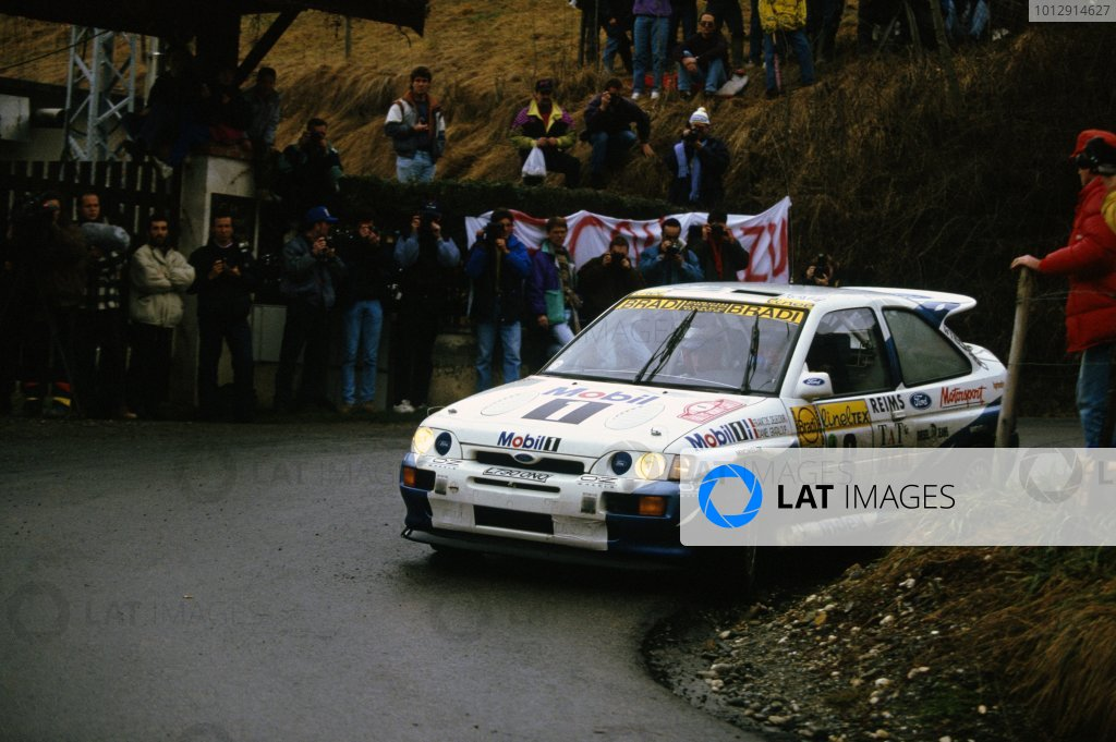 1994 World Rally Championship.Monte Carlo Rally, Monaco. 22-27 January 1994.Francois Delecour/Daniel Grataloup (Ford Escort RS Cosworth), 1st position.World Copyright: LAT PhotographicRef: 35mm transparency 94RALLY10