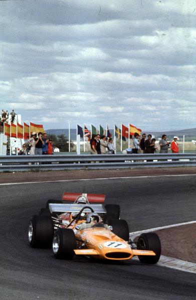 1970 Spanish Grand Prix.Jarama, Madrid, Spain.17-19 April 1970.Bruce McLaren (McLaren M14A Ford) 2nd position.Ref-70 ESP 04.World Copyright - LAT Photographic