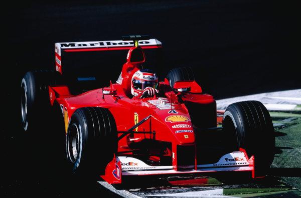 2000 Italian Grand Prix.Monza, Italy. 8-10 September 2000.Rubens Barrichello (Ferrari F1-2000).Ref-2K ITA 74.World Copyright - Gavin Lawrence/LAT Photographic