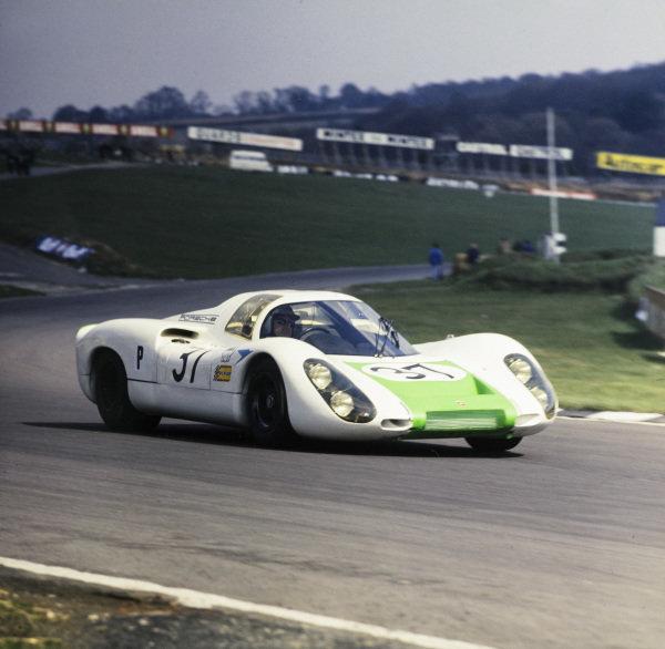 Jo Siffert / Hans Herrman, Porsche System Engineering, Porsche 907.