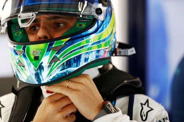 Shanghai International Circuit, Shanghai, China.  Friday 07 April 2017. Felipe Massa, Williams Martini Racing, with helmet visor open. World Copyright: Glenn Dunbar/LAT Images ref: Digital Image _X4I5916
