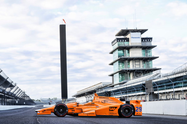 Verizon IndyCar Series Fernando Alonso Test for Indianapolis 500 Indianapolis Motor Speedway, Indianapolis, IN USA Tuesday 2 May 2017 Fernando Alonso Honda/Dallara IndyCar World Copyright: Michael L. Levitt LAT Images