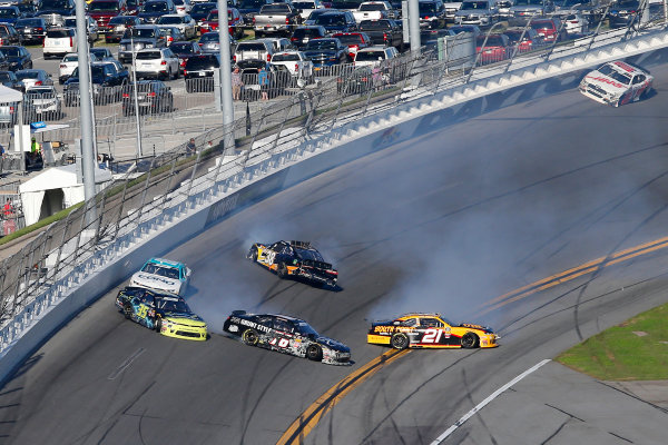 NASCAR Xfinity Series PowerShares QQQ 300 Daytona International Speedway, Daytona Beach, FL USA Saturday 17 February 2018 Daniel Hemric, Richard Childress Racing, South Point Hotel & Casino Chevrolet Camaro, Joey Gase, Go Green Racing, Sparks Chevrolet Camaro, Spencer Boyd, SS-Green Light Racing, Grunt Style Chevrolet Camaro and Jeff Green, RSS Racing, RSS Racing Chevrolet Camaro crash World Copyright: Russell LaBounty LAT Images