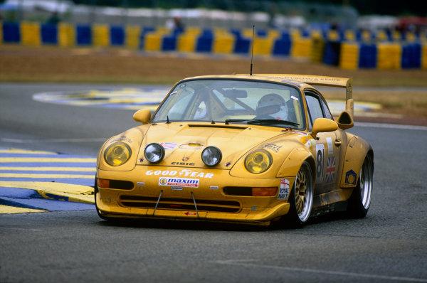 Le Mans, France. 17th - 18th June 1995. Nick Adams/Richard Jones/Gerard MacQuillan (Porsche 911 GT2), 17th position, action. World Copyright: LAT Photographic.Ref:  95LM16.
