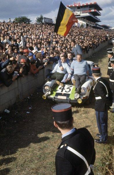 Le Mans, France. 28-29 September 1968 Jean-Pierre Gaban/Roger Vanderschrick (Porsche 911T), 12th position and 1st in class World Copyright: LAT PhotographicRef: 68LM40