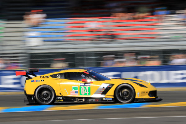 2017 Le Mans 24 Hours Circuit de la Sarthe, Le Mans, France. Saturday 17 June 2017 #64 Corvette Racing Corvette C7.R: Oliver Gavin, Tommy Milner, Marcel Fassler World Copyright: NIKOLAZ GODET/LAT Images ref: Digital Image NGP_5169