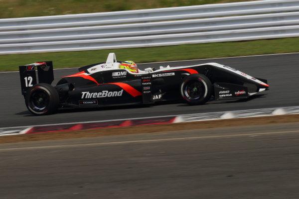 2017 Japanese Formula 3 Championship. Fuji, Japan. 8th - 9th July 2017. Rd 12 & 13. Rd12 3rd position Alex Palou ( #12 ThreeBond Racing with DRAGO CORSE ) action World Copyright: Yasushi Ishihara / LAT Images. Ref: 2017JF3_Rd12&13_006