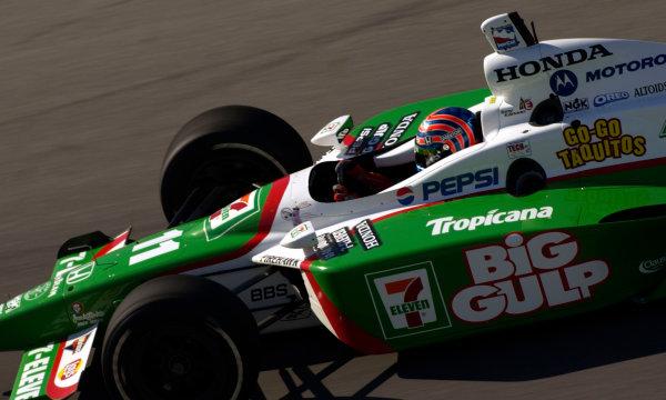 2003 IRL IndyCar Chicagoland Speedway, Chicago, Illinois 8/5-8/7/03 USATony KanaanWorld Copyright-Walt Kuhn 2003 LAT Photographicref: Digital Image Only