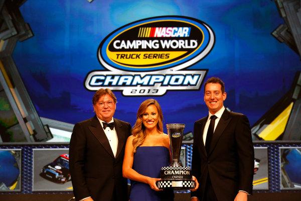 18 November, 2013, Miami Beach, Florida, USA Owner's champion Kyle Busch © 2013, Michael L. Levitt LAT Photo USA