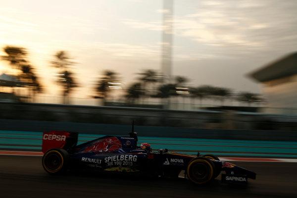 Yas Marina Circuit, Abu Dhabi, United Arab Emirates. Tuesday 25 November 2014. Max Verstappen, Toro Rosso STR9 Renault.  World Copyright: Sam Bloxham/LAT Photographic. ref: Digital Image _SBL8574