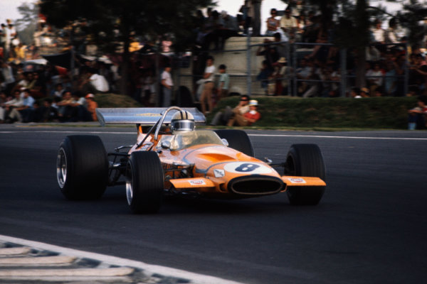 1970 Mexican Grand Prix.  Mexico City, Mexico. 23-25th October 1970.  Denny Hulme, McLaren M14A Ford, 3rd position.  Ref: 70MEX01. World copyright: LAT Photographic