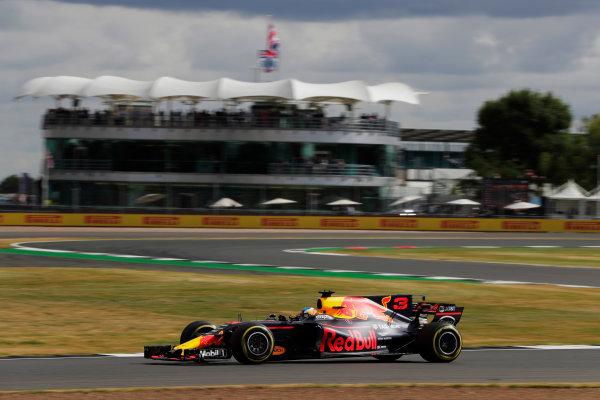 Silverstone, Northamptonshire, UK.  Friday 14 July 2017. Daniel Ricciardo, Red Bull Racing RB13 TAG Heuer.  World Copyright: Zak Mauger/LAT Images  ref: Digital Image _54I4547