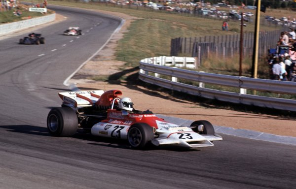 1972 South African Grand Prix.Kyalami, South Africa.2-4 March 1972.Howden Ganley (BRM P160B) leads Emerson Fittipaldi (Lotus 72D Ford) and Jean-Pierre Beltoise (BRM P160B).Ref-72 SA 18.World Copyright - LAT Photographic
