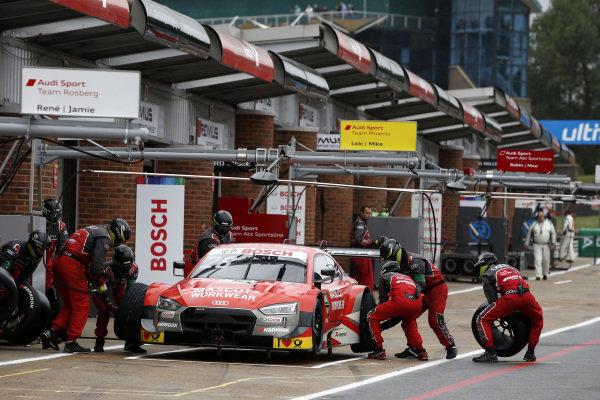Pit stop, Loic Duval, Audi Sport Team Phoenix, Audi RS 5 DTM.