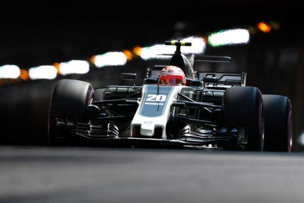 Monte Carlo, Monaco. Saturday 27 May 2017. Kevin Magnussen, Haas VF-17 Ferrari. World Copyright: Sam Bloxham/LAT Images ref: Digital Image _J6I2087
