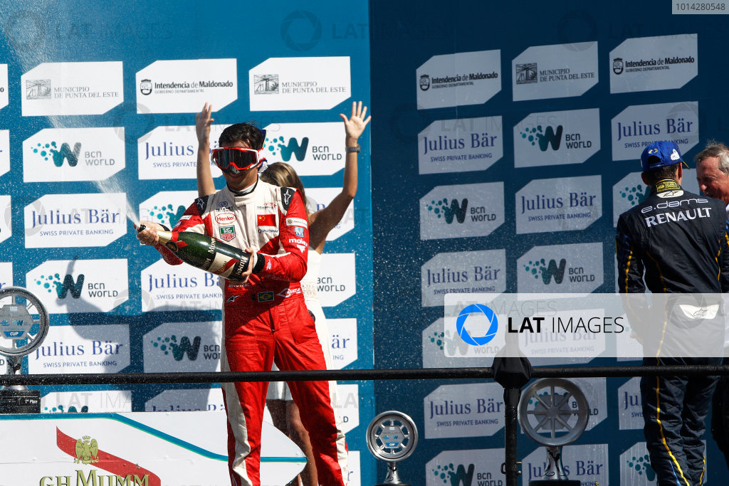 2014 Formula E  Punta Del Este e-Prix, Uruguay Saturday 13 December 2014. Nelson Piquet Jr (BRA)/China Racing - Spark-Renault SRT_01E  Photo: Sam Bloxham/LAT/Formula E ref: Digital Image _G7C6212