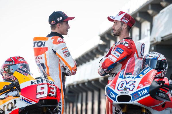 2017 MotoGP Championship - Round 18 Valencia, Spain  Thursday 9 November 2017 Marc Marquez, Repsol Honda Team, Andrea Dovizioso, Ducati Team  World Copyright: Alexander Trienitz/LAT Images ref: Digital Image 704392