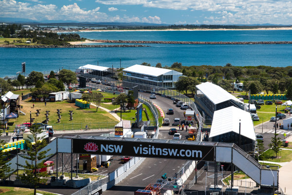 2017 Supercars Championship Round 14.  Newcastle 500, Newcastle Street Circuit, Newcastle, Australia. Thursday November 23rd to Sunday November 27th 2017. Newcastle Street Circuit. World Copyright: Daniel Kalisz/LAT Images Ref: Digital Image 231117_VASCR14_DKIMG_0108.jpg
