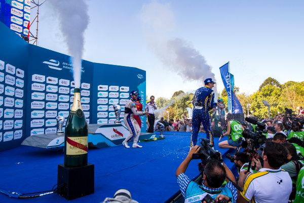 2015/2016 FIA Formula E Championship. Buenos Aires ePrix, Buenos Aires, Argentina. Saturday 6 February 2016. Sam Bird (GBR), DS Virgin Racing DSV-01, Sebastien Buemi (SUI), Renault e.Dams Z.E.15 and Lucas Di Grassi (BRA), ABT Audi Sport FE01. Photo: Zak Mauger/LAT/Formula E ref: Digital Image _L0U1712