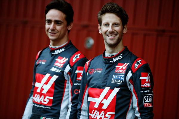 Circuit de Catalunya, Barcelona, Spain Monday 22 February 2016. Romain Grosjean, Haas F1, and Esteban Gutierrez, Haas F1, unveil the Haas VF-16 Ferrari. World Copyright: Glenn Dunbar/LAT Photographic ref: Digital Image _W2Q0366