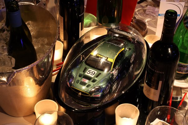 2006 Autosport AwardsGrosvenor House Hotel, London. 3rd December 2006.Aston Martin DBR9 Table Centre. Detail.World Copyright: Peter Spinney/LAT Photographicref: Digital Image RK4O2552