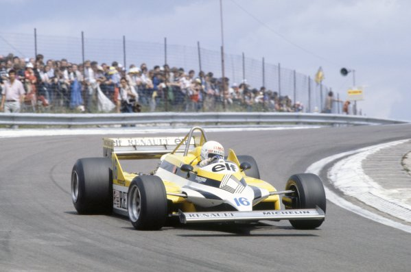 1981 French Grand Prix.Dijon-Prenois, France. 3-5 July 1981.Rene Arnoux (Renault RE30), 4th position.World Copyright: LAT PhotographicRef: 35mm transparency 81FRA06