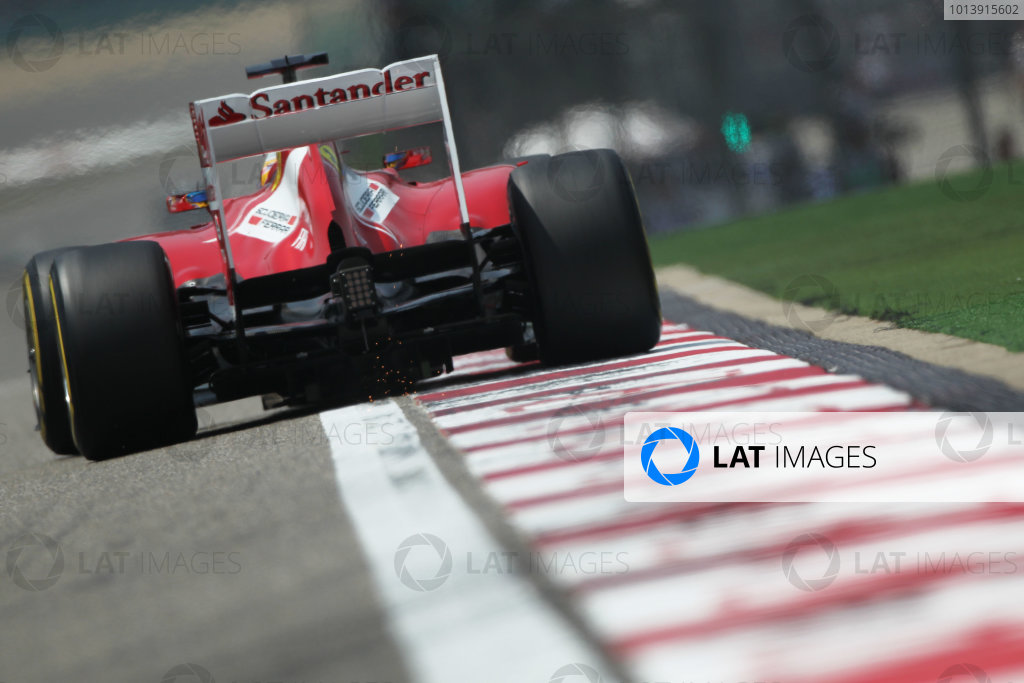 Shanghai International Circuit, Shanghai, China Saturday 13th April 2013 Fernando Alonso, Ferrari F138.  World Copyright: Andy Hone/LAT Photographic ref: Digital Image HONY5591