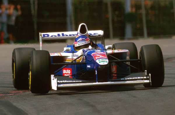 Spa-Francorchamps, Belgium.22-24 August 1997.Jacques Villeneuve (Williams FW19 Renault) 5th position.Ref-97 BEL 13.World Copyright - LAT Photographic