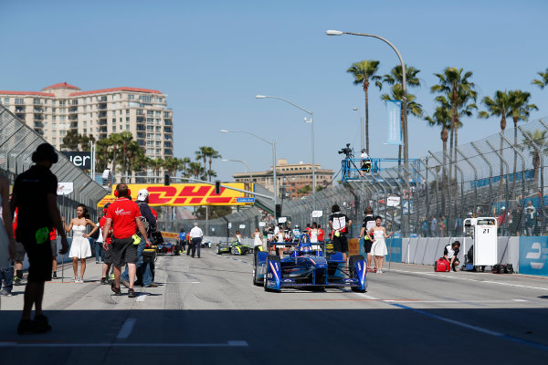 2014/2015 FIA Formula E Championship. Antonio Felix Da Costa (POR)/Amlin Aguri - Spark-Renault SRT_01E drives onto the grid. Long Beach ePrix, Long Beach, California, United States of America. Saturday 4 April 2015  Photo: Adam Warner/LAT/FE ref: Digital Image _L5R7101