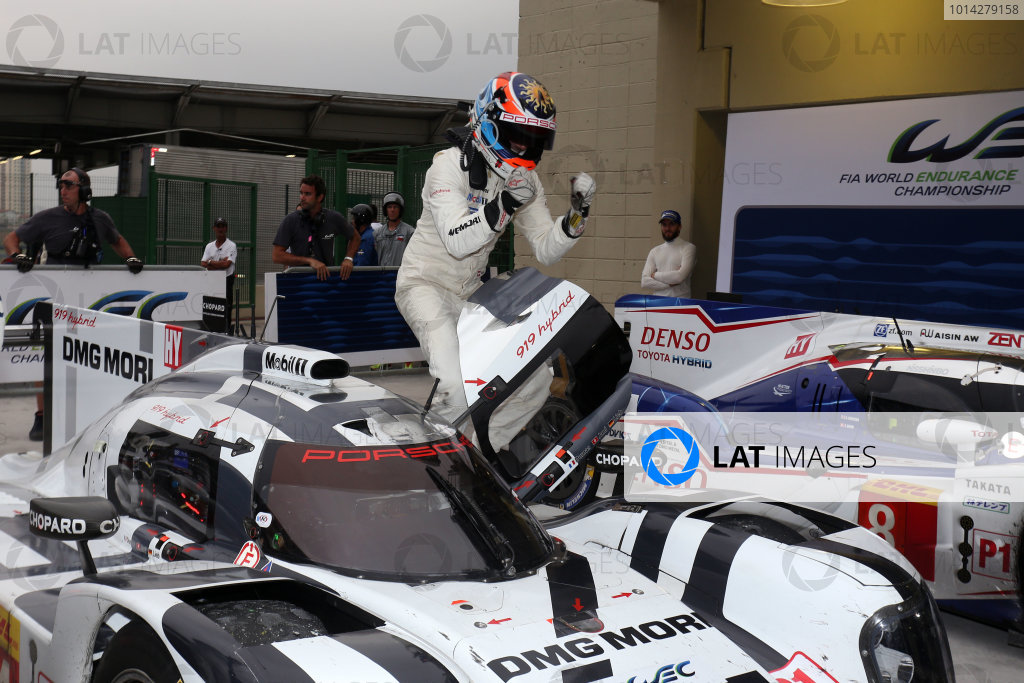 2014 World Endurance Championship, Interlagos, Brazil. 28th - 30th November 2014. Romain Dumas / Neel Jani / Marc Lieb Porsche AG Porsche 919 Hybrid. World Copyright: Ebrey / LAT Photographic.