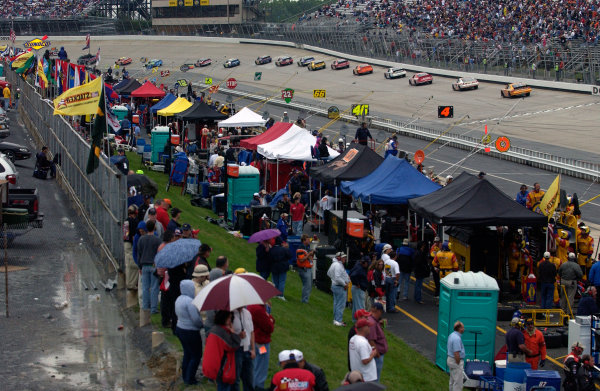 04-06 June, 2004, Dover International Speedway, USA,The yellow flag is only the prelude to the red as the rain becomes heavy during the Busch event,Copyright-Robt LeSieur 2004 USALAT Photographic