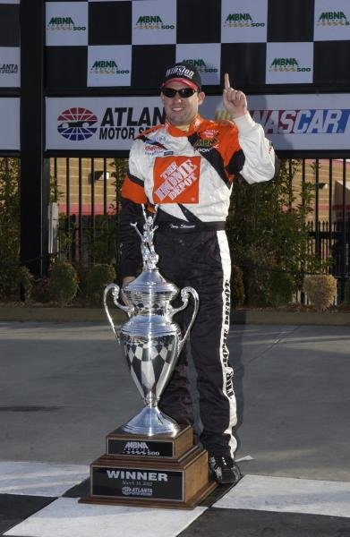 Tony Stewart (USA) won his and Pontiac's first race of the season