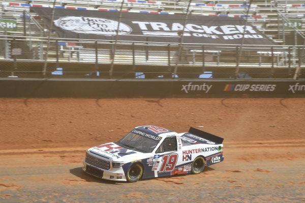 #19: Derek Kraus, McAnally Hilgemann Racing, Toyota Tundra Incredible Bank